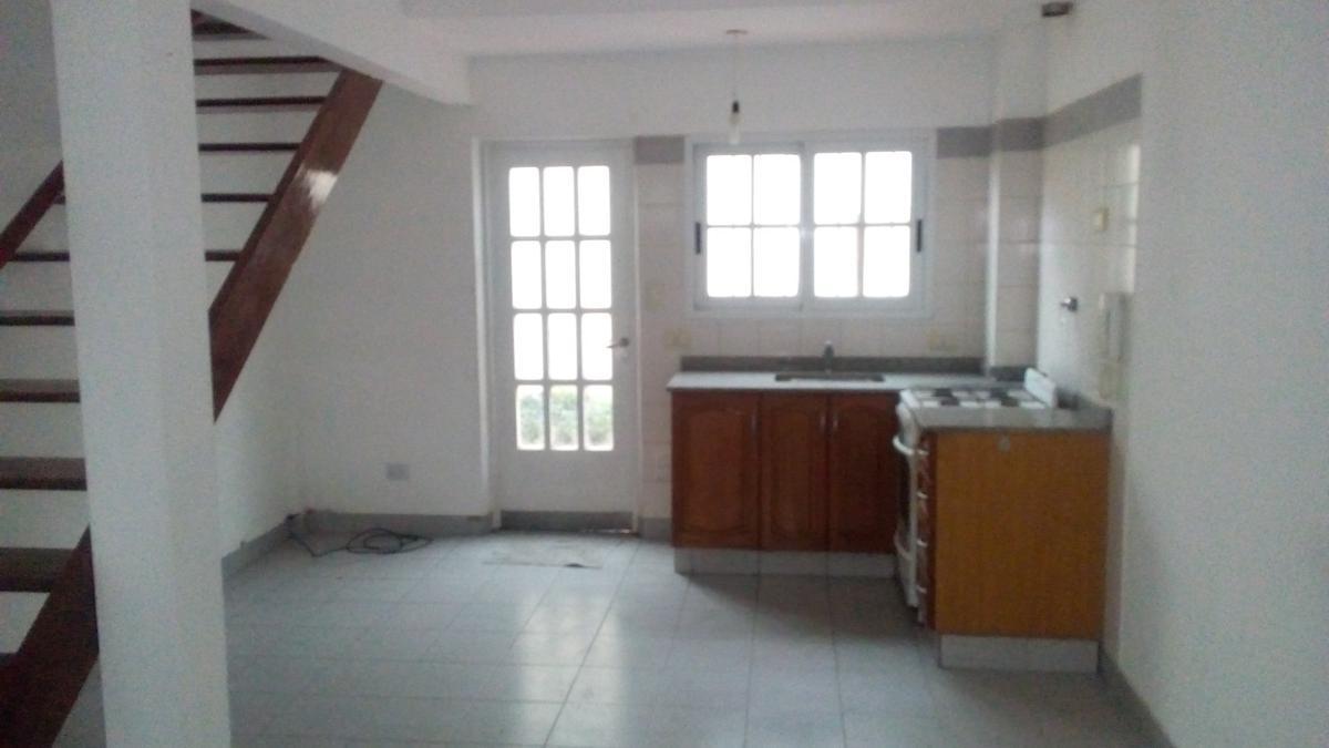 Foto Casa en Alquiler en  Ramos Mejia Sur,  Ramos Mejia  ESPORA al 1100