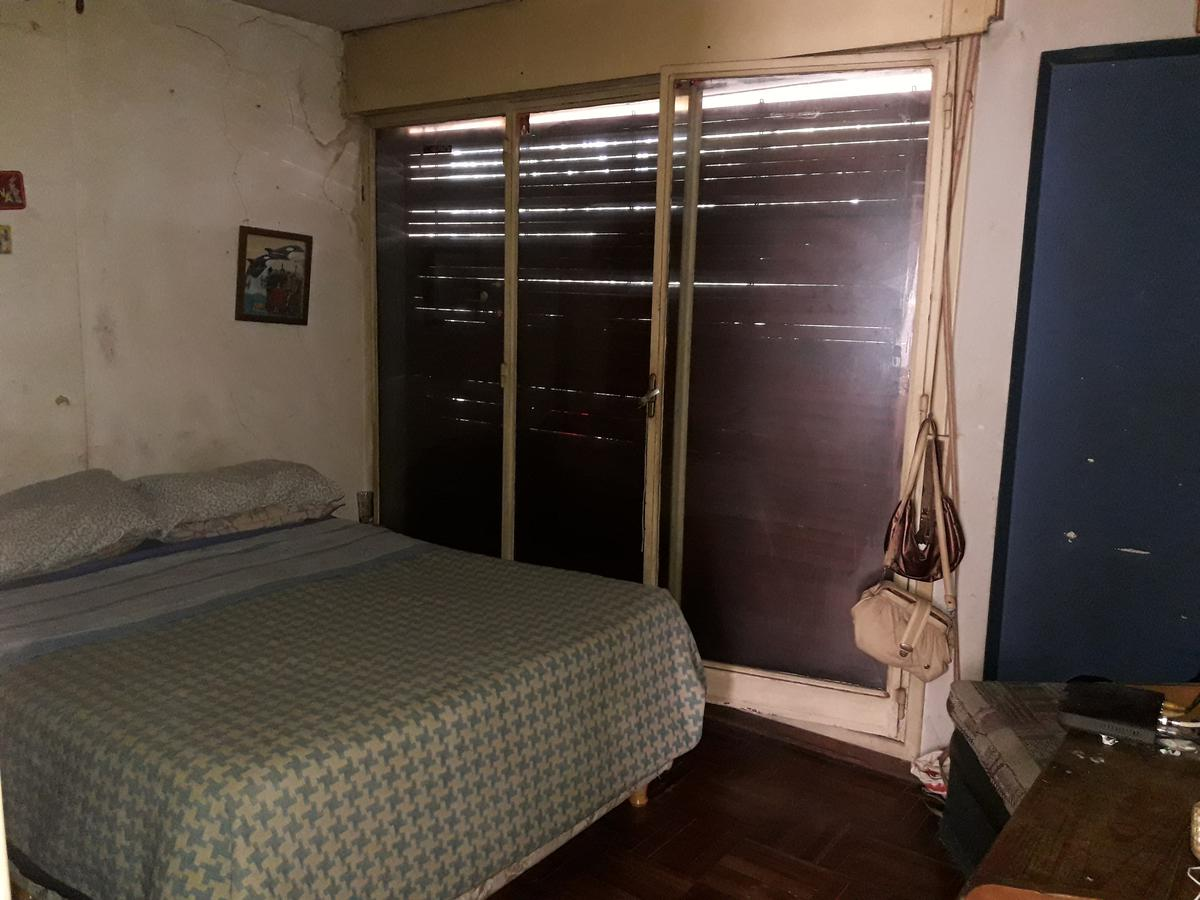 Foto Casa en Venta en  Parque Rodó ,  Montevideo  Cassinoni al 1100