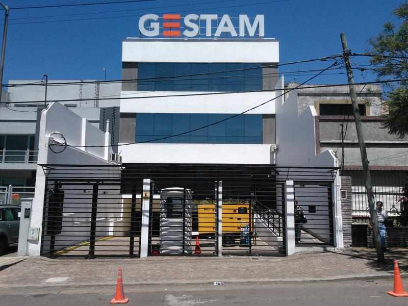 Foto Edificio Comercial en Venta en  Vicente López ,  G.B.A. Zona Norte  Echeverria 872