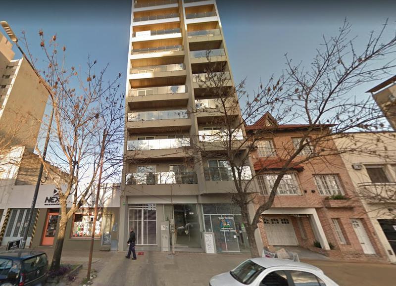 Foto Local en Alquiler en  La Plata ,  G.B.A. Zona Sur  60 entre 15 y 16