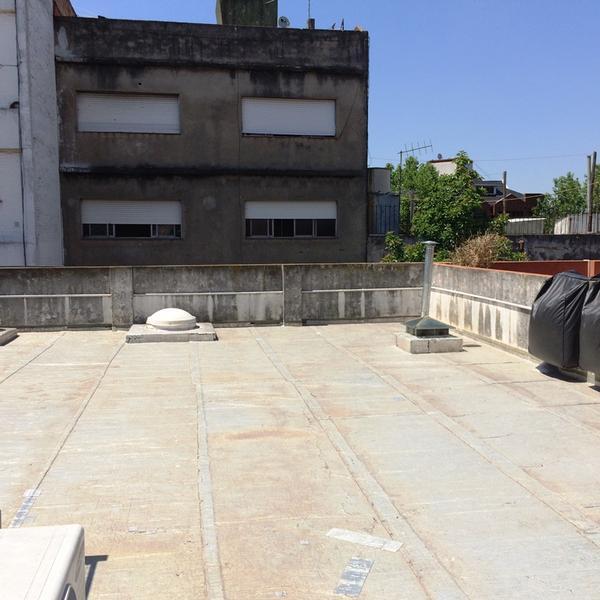 Foto Departamento en Venta en  Adrogue,  Almirante Brown  Uriburu al 500