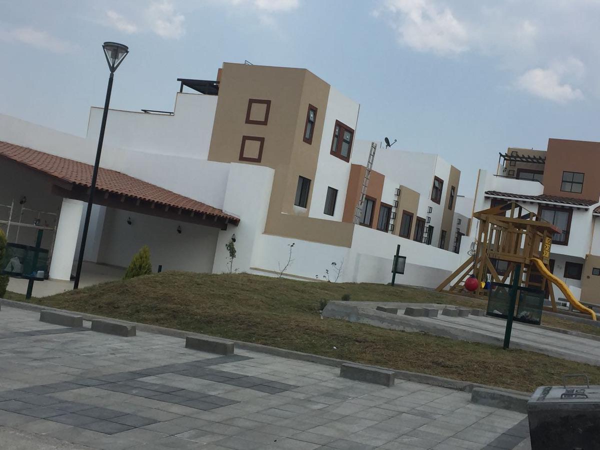 Foto Casa en condominio en Renta en  Lerma ,  Edo. de México                  Casa  en Renta en La Toscana Lerma