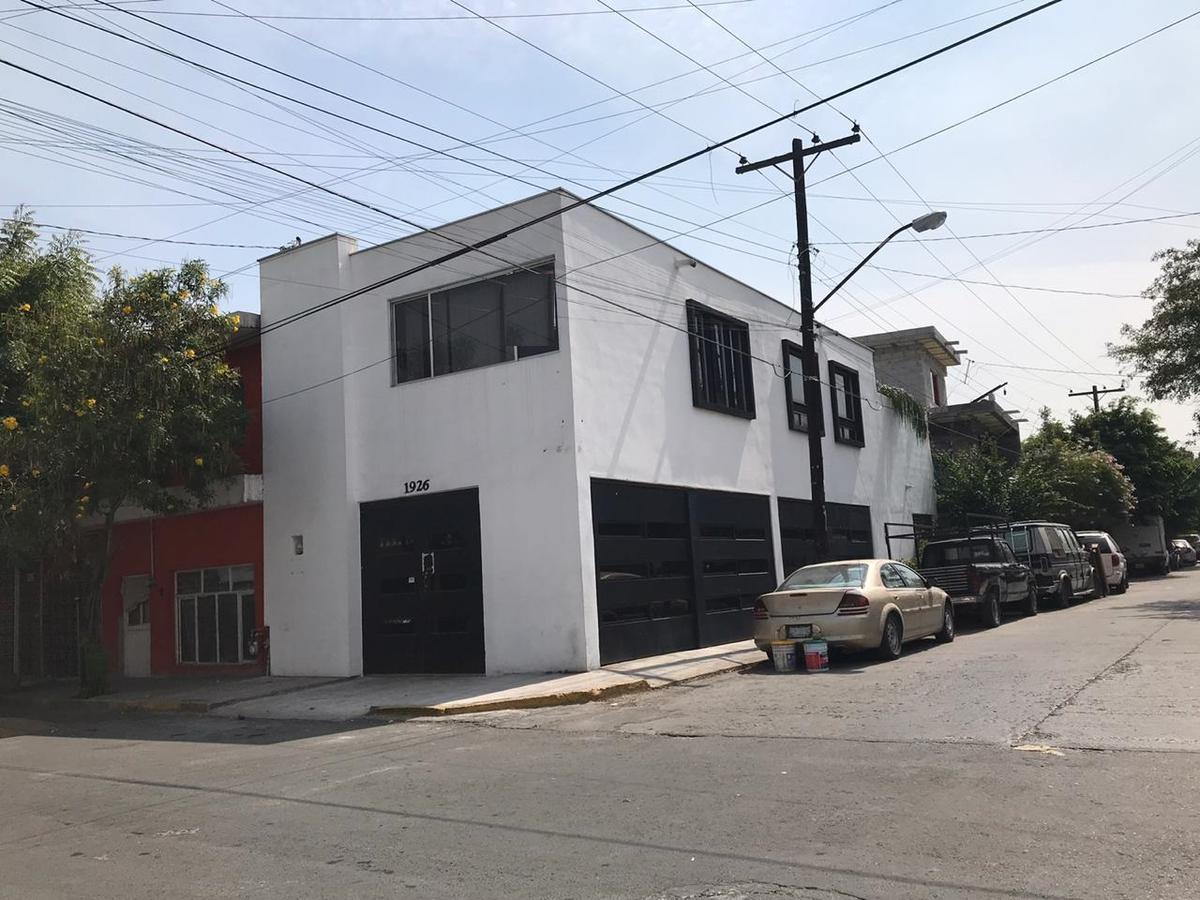 Foto Oficina en Venta en  10 de Marzo,  Monterrey  Bodega en Venta en Col. 10 de Marzo Zona Centro, por Venustiano Carranza y Colon, Lista para trabajar en esquina y super ubicada (LJGC)