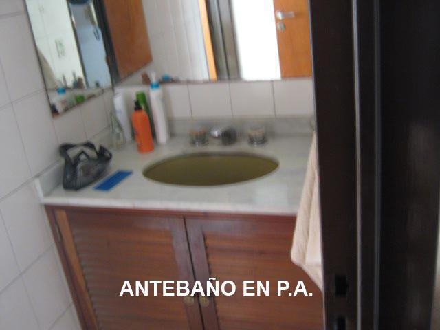 Foto Casa en Venta en  Adrogue,  Almirante Brown  NOTHER 983, casi esquina Somellera