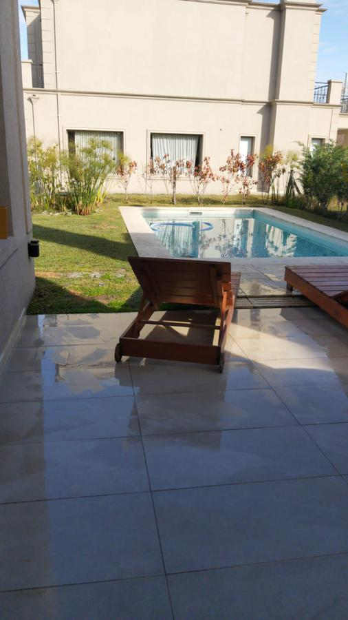 Foto Casa en Alquiler temporario   Venta en  Las Tipas,  Nordelta  LAS TIPAS NORDELTA