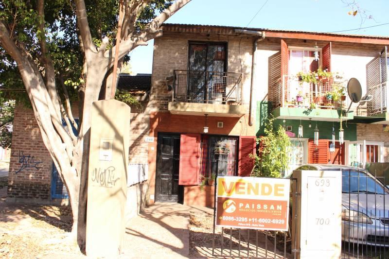 Foto Casa en Venta en  Bella Vista,  San Miguel  Avenida Ricchieri  700