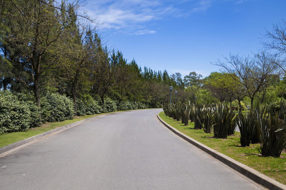 Foto Terreno en Venta en Colectora Norte, acceso oeste , General Rodriguez | Countries/B.Cerrado (G. Rodriguez) | Terravista