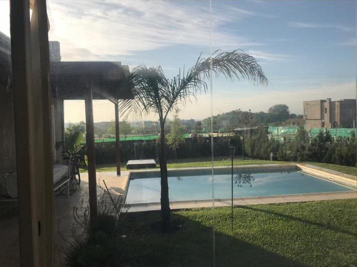 Foto Casa en Venta |  en  San Matias,  Countries/B.Cerrado (Escobar)  Casa en venta de 4 amb con piscina San Matías . Escobar sobre lote interno