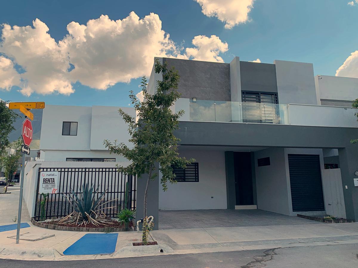 Foto Casa en Renta en  Santoral,  García  Privalia Cumbres 2do Sector