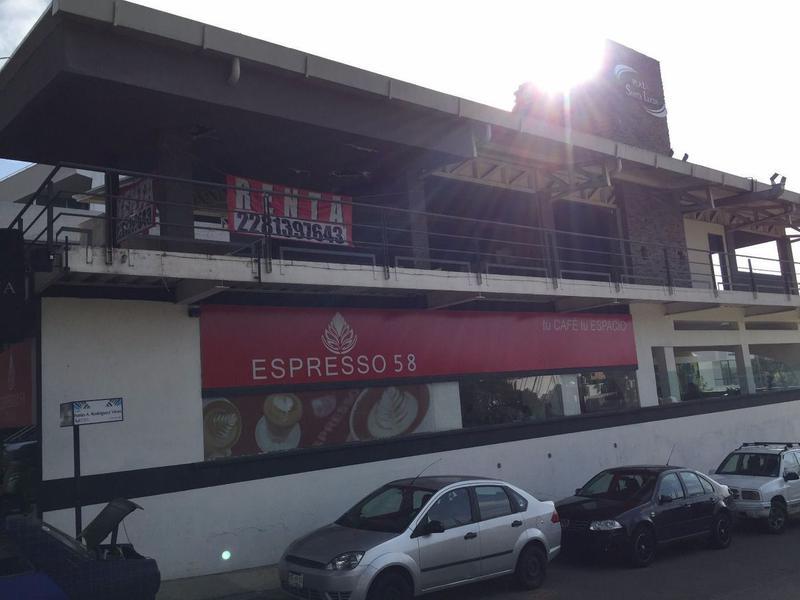 Foto Local en Renta en  Campo Nuevo,  Xalapa   Plaza Santa Lucia, Local 5 planta alta 250 m2