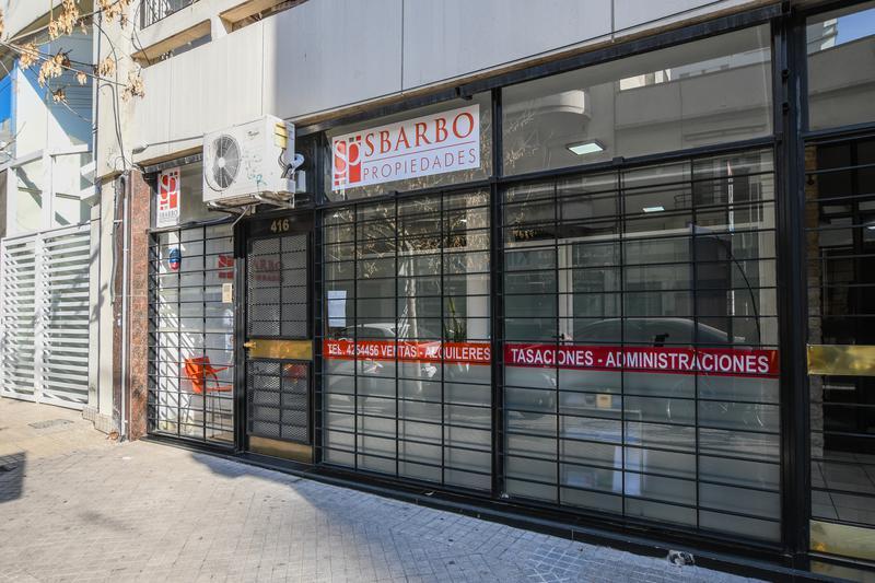 Foto Local en Venta en  Macrocentro,  Rosario  Sarmiento 416 - Local al frente