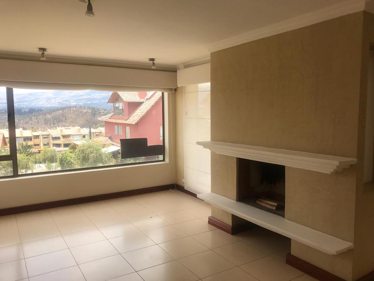 Foto Departamento en Alquiler en  Cumbayá,  Quito  Balcones de Cumbaya