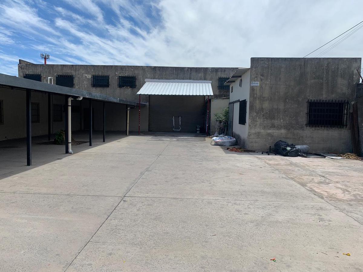 Foto Galpón en Alquiler en  Bella Vista,  Rosario  Biedma 3774