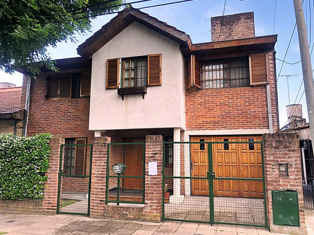 Foto Casa en Venta en  Villa Adelina,  San Isidro  Juramento al 2000