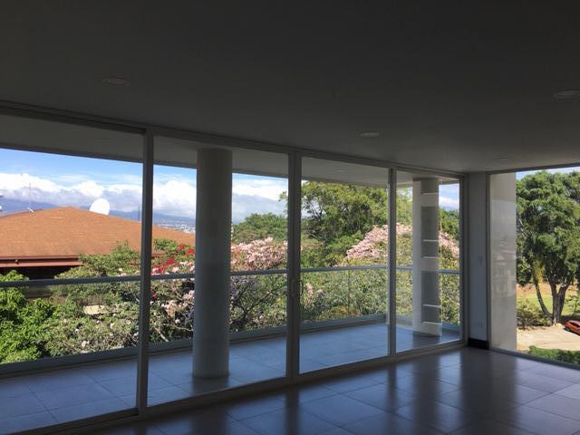 Foto Departamento en Venta en  San Rafael,  Escazu  Escazú/ Nuevo/ Moderno/ Excelente ubicación/ Céntrico/ Vista