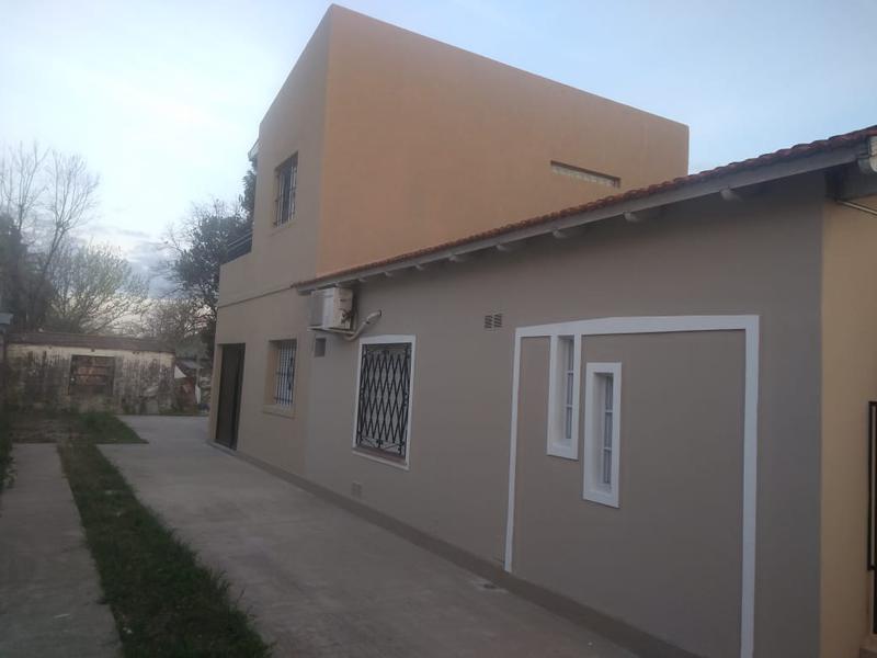 Foto Departamento en Alquiler en  Moreno,  Moreno  Dpto. Nº 3 en Planta Alta - Ginés de la quintana al 200 - Moreno - Lado norte