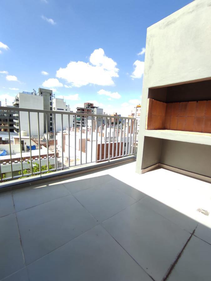 Foto Departamento en Venta |  en  General Paz,  Cordoba  General Paz * 1 dorm c/posibilidad de 2 * Terraza c/asador * 2 baños