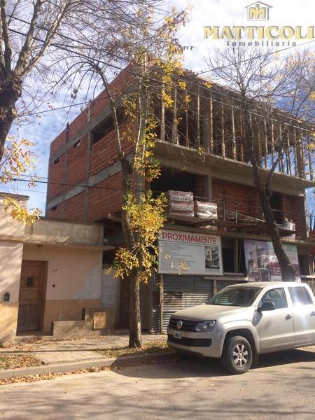 Foto Departamento en Venta en  Lobos ,  Interior Buenos Aires  peron al 700