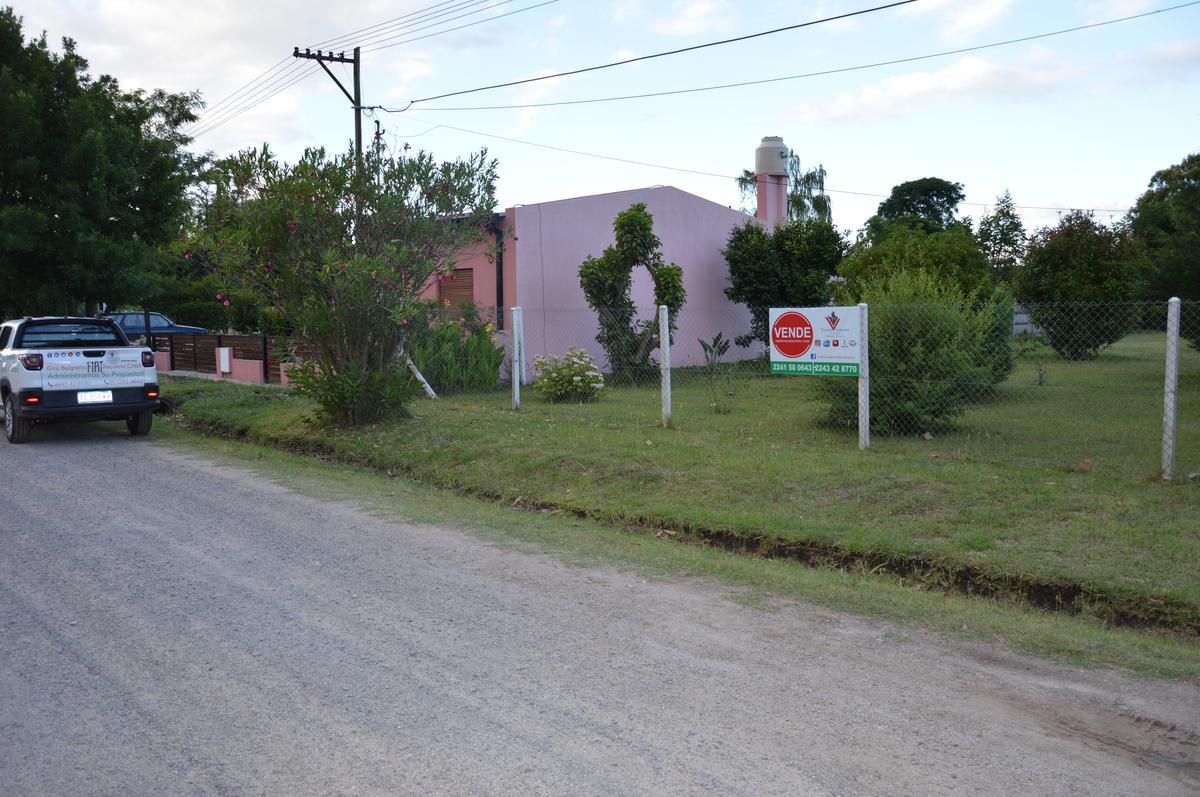 Foto Terreno en Venta en  General Belgrano,  General Belgrano  Calle 36 entre 29 y 31
