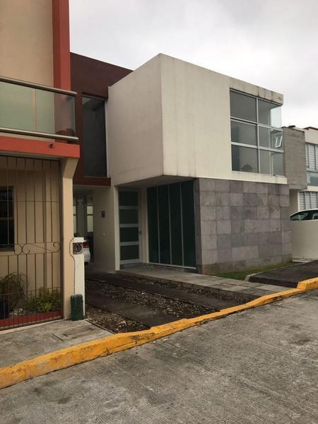 Foto Casa en Venta en  Campo Viejo,  Coatepec  EN VENTA BONITA CASA FRAC PRIVADO CERCA COCA COLA COATEPEC VER.,