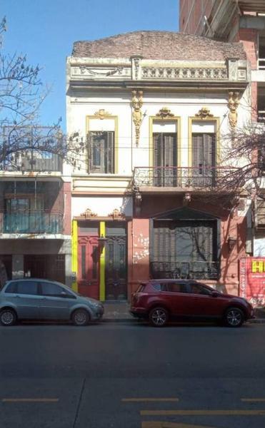 Foto Local en Alquiler en  Boedo ,  Capital Federal  Carlos Calvo al 3700