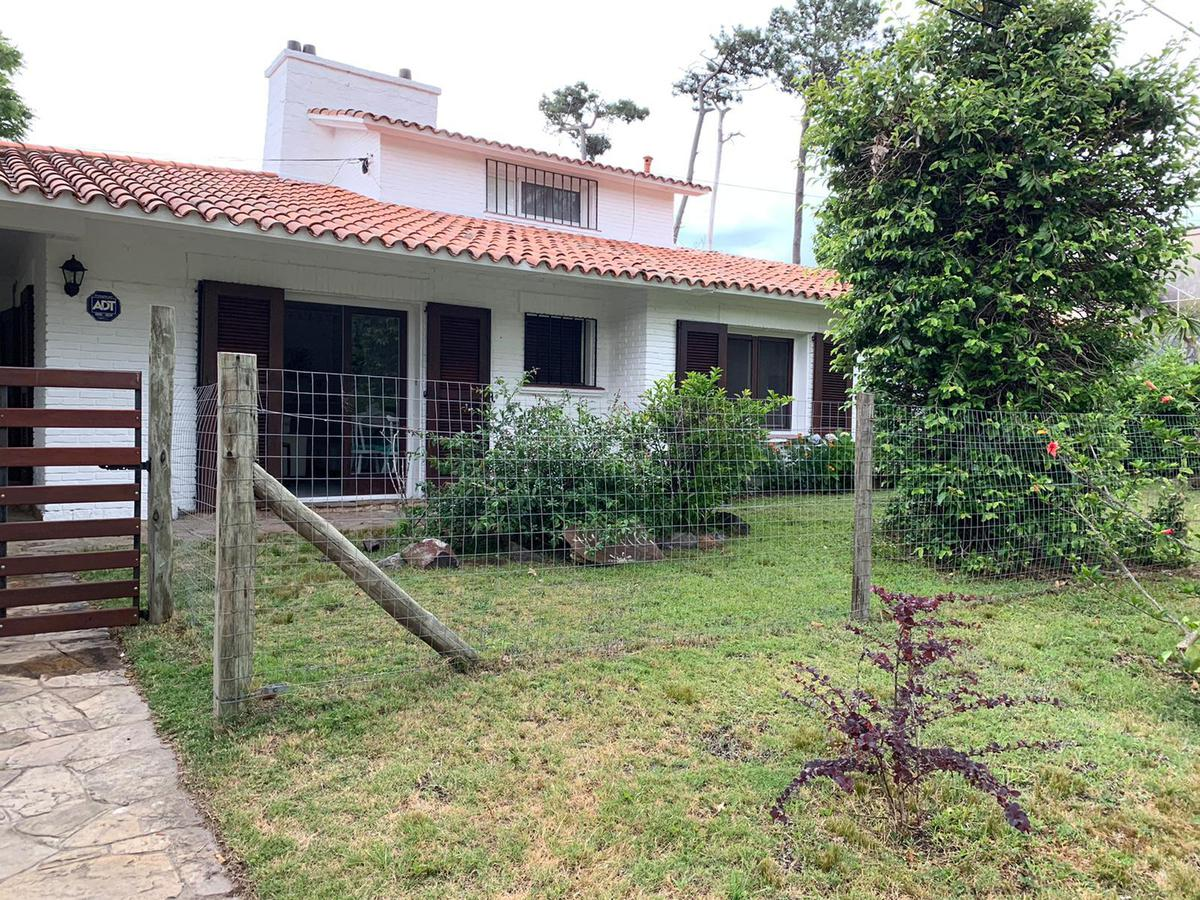 Foto Casa en Alquiler en  Playa Mansa,  Punta del Este  Mansa