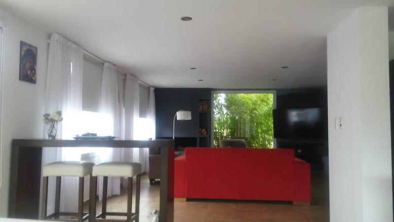 Foto Casa en Venta en  Cipolletti,  General Roca  Las viñas . Entre Lugones y Maestro moyano