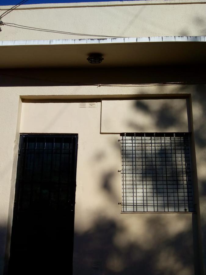 Foto Departamento en Alquiler en  Jose Marmol,  Almirante Brown  Mitre al 3200 José Mármol