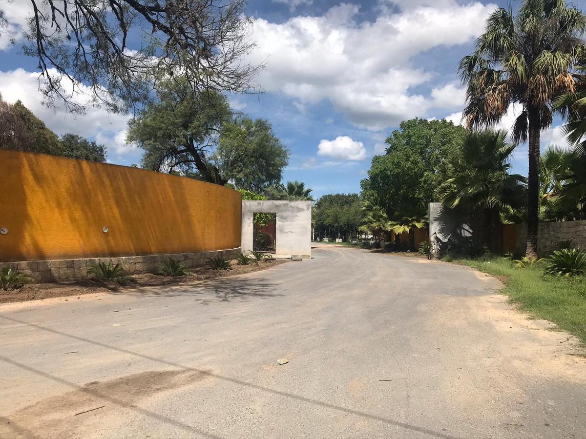 Foto Terreno en Venta en  Cadereyta Jiménez ,  Nuevo León  Campestre Los Encinos
