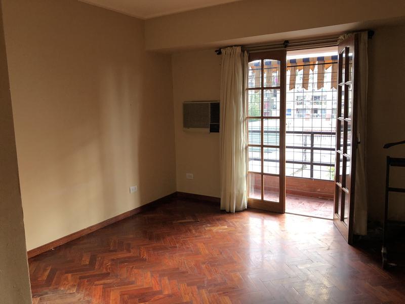 Foto Departamento en Venta en  San Miguel De Tucumán,  Capital    Balcarce al 800