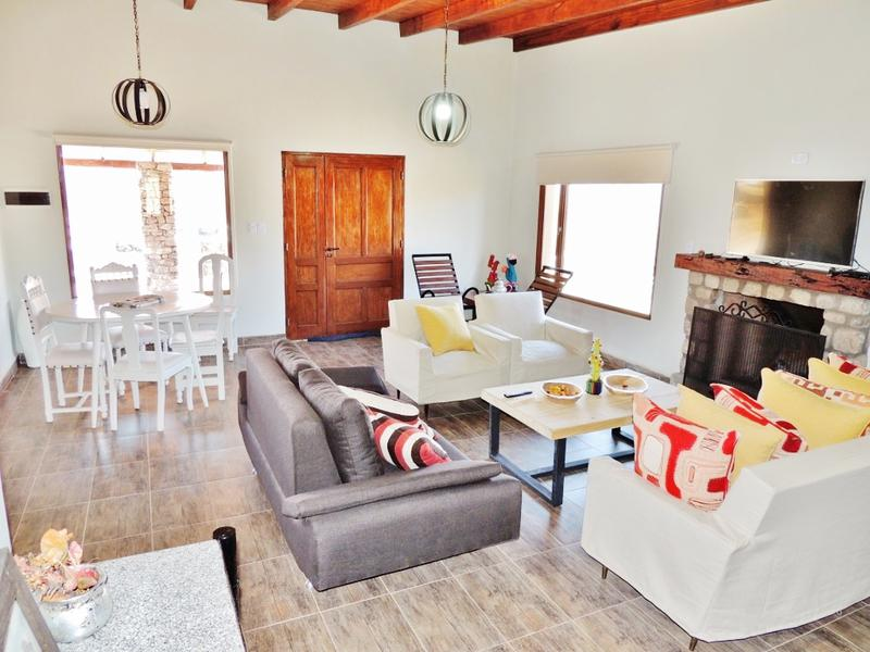 Foto Casa en Venta en  Tafi Del Valle ,  Tucumán  Casa en venta, a estrenar en obra - 3 dormitorios 3 baños, lavadero, galería, garage