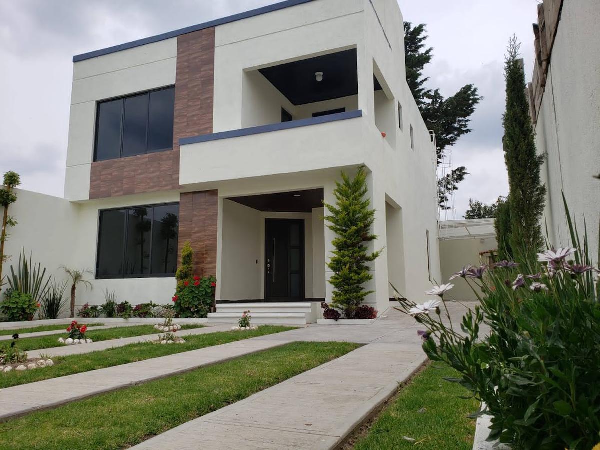Foto Casa en condominio en Venta en  Zinacantepec ,  Edo. de México  VENTA DE CASA NUEVA EN ZINACANTEPEC