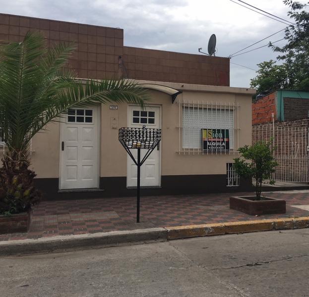 Foto PH en Alquiler en  Ezeiza ,  G.B.A. Zona Sur  Centenario al 279 B