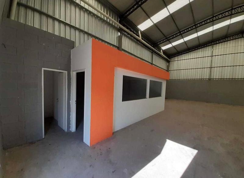Foto Local en Venta en  Canning (Ezeiza),  Ezeiza  Parque industrial Canning