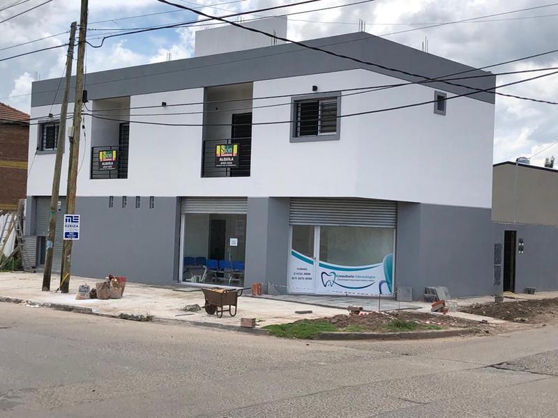 Foto Departamento en Alquiler en  Ezeiza ,  G.B.A. Zona Sur  Emilio Mitre al 300 esquina Chaco