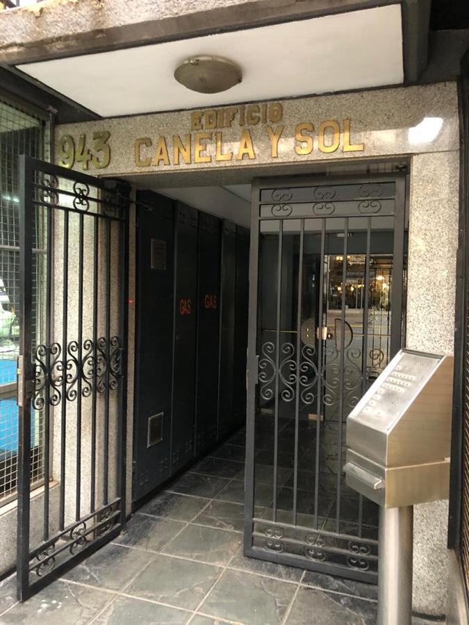 Foto Oficina en Alquiler en  Capital ,  Mendoza  España al 900