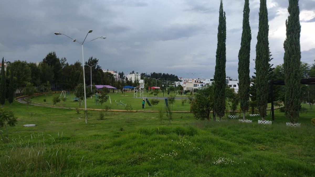 Foto Terreno en Venta en  Puebla ,  Puebla  TERRENO EN VENTA EN FRACCIOANMIENTO LOMAS DEL VALLE