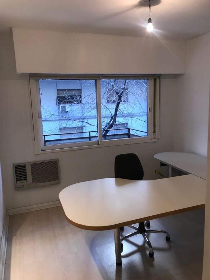 Foto Departamento en Alquiler en  Retiro,  Centro  Arenales al 900