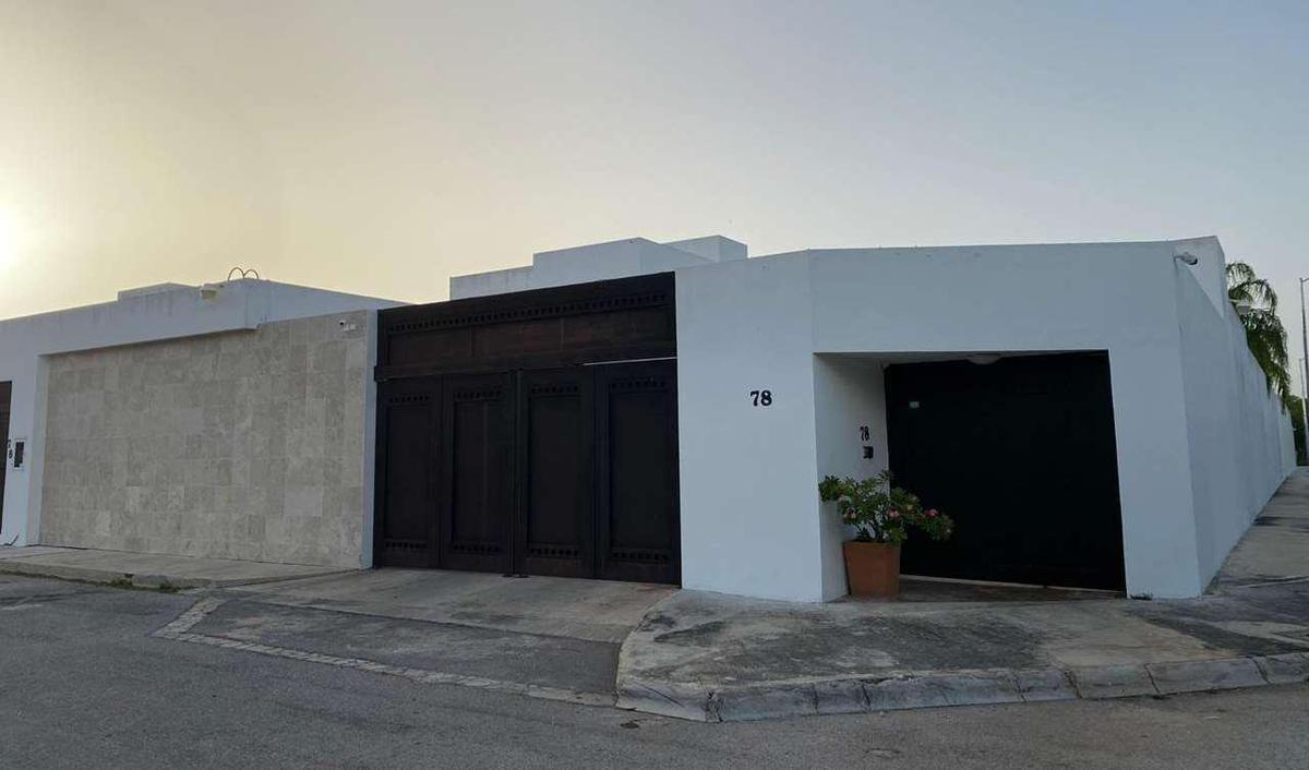 Foto Casa en Renta en  Temozon Norte,  Mérida  RENTA O VENTA  VENTA DE BELLA RESIDENCIA EN RESIDENCIAL DEL MAYAB NORTE DE MERIDA