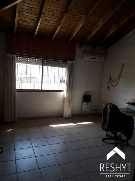 Foto Casa en Venta en  Esc.-Centro,  Belen De Escobar  BERNARDO DE IRIGOYEN 1100 - BELEN DE ESCOBAR