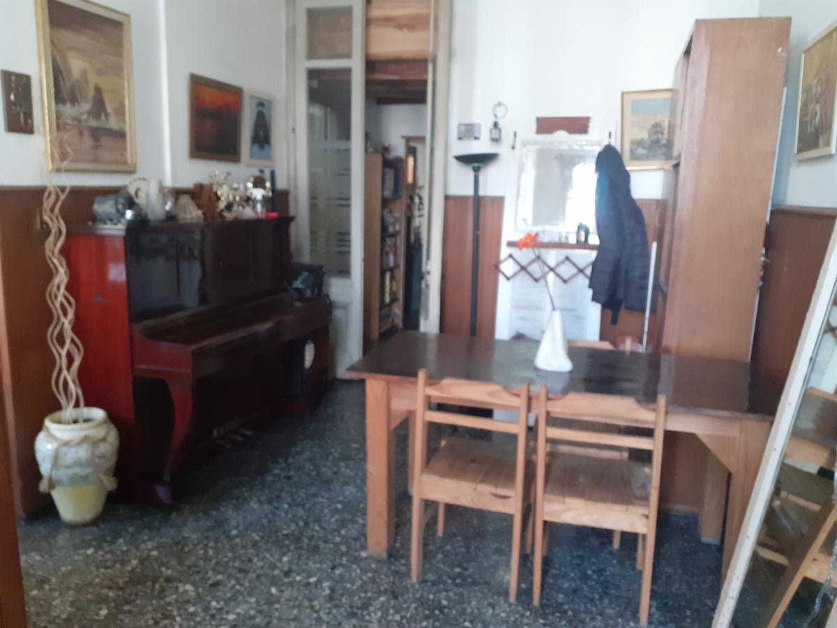 Foto Casa en Venta en  Reducto ,  Montevideo  Casa sobre importante Avenida, ideal para empresa
