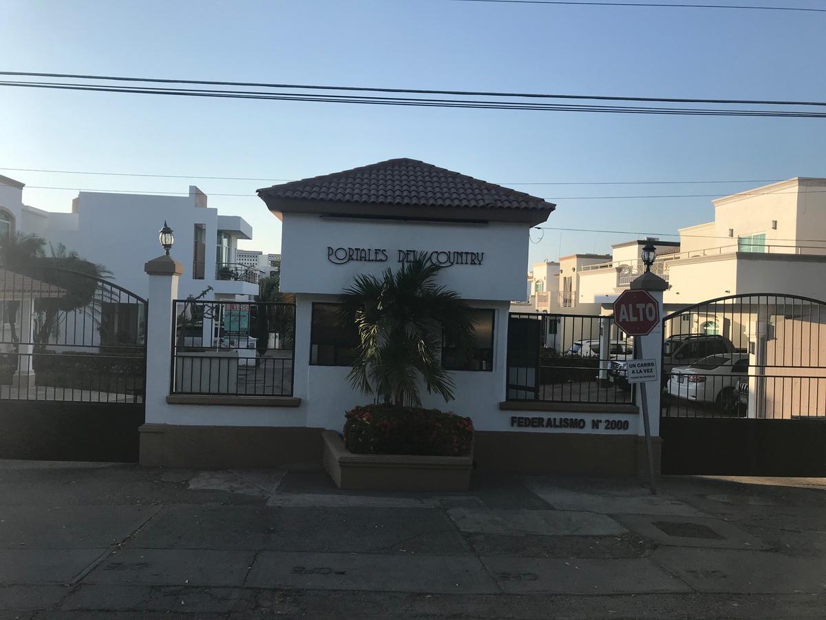 Foto Casa en Venta en  Culiacán ,  Sinaloa  PORTALES DEL COUNTRY