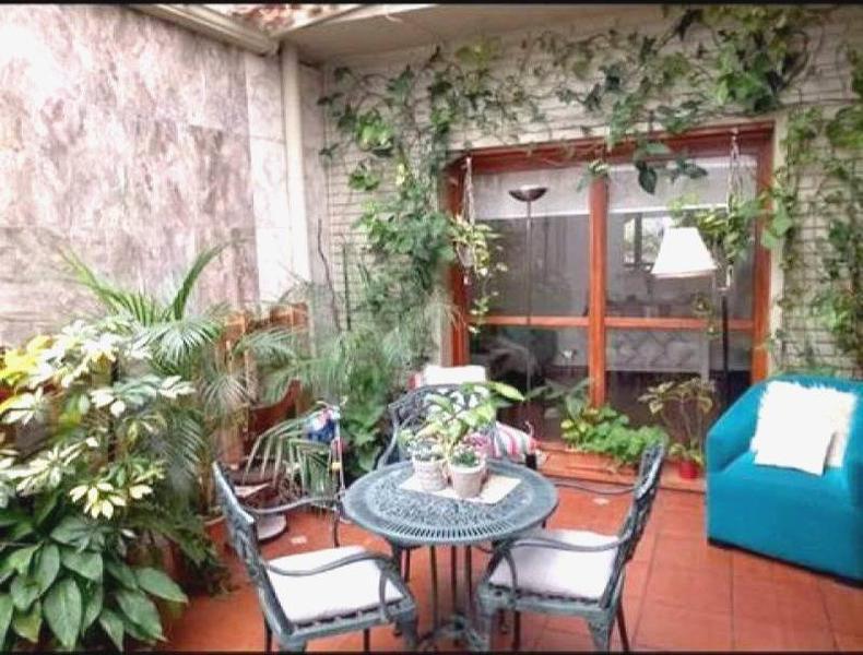 Foto PH en Venta en  Paternal ,  Capital Federal  PH de 5 ambientes ,reciclado ,con amplia terraza y patio. Sup. total: 190  m2. Precio por m2.: usd 1.315.