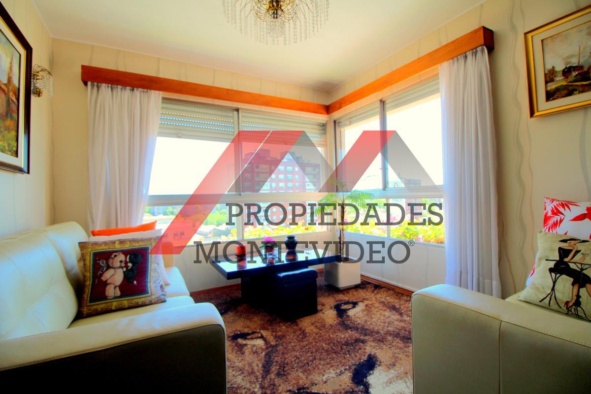 Foto Apartamento en Venta en  Malvín ,  Montevideo  Av. Italia al 4300