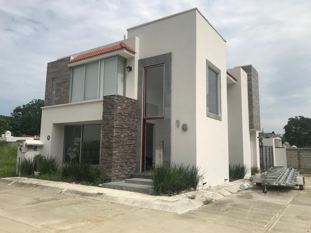 Foto Casa en Renta en  Lomas de Tuxpan FOVISSSTE,  Tuxpan  CASA AMUEBLADA EN RENTA EN LA HERRADURA