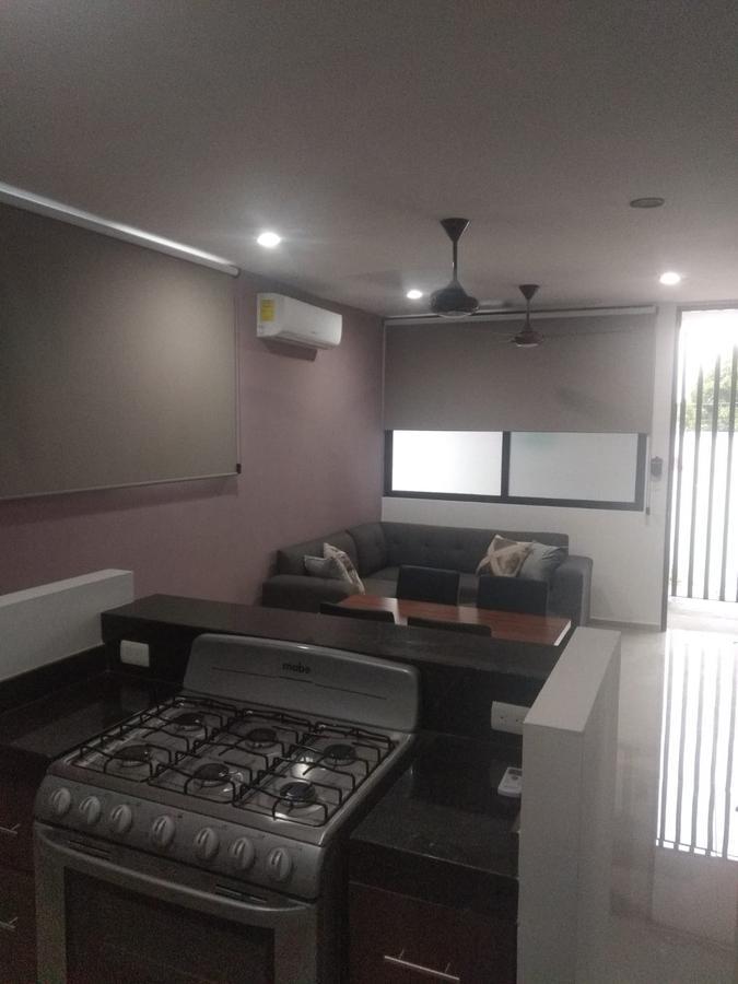 Foto Departamento en Renta en  Montes de Ame,  Mérida  En renta apartamento amueblado de 2 hab. en Montes de Amé.