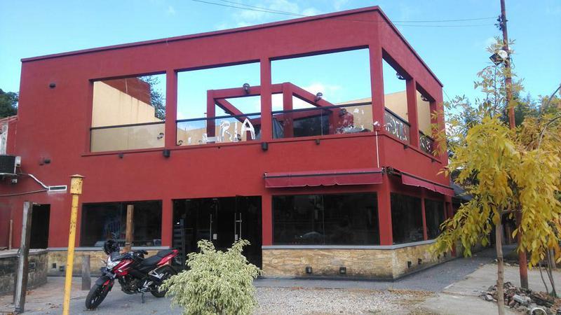 Foto Local en Venta en  Manuel B Gonnet,  La Plata  Camino Gral. Belgrano esquina 500