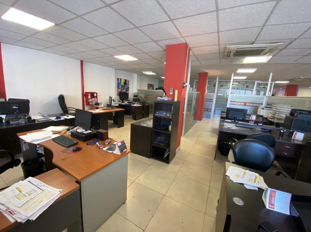 Foto Oficina en Alquiler en  Almagro ,  Capital Federal  Excelente oficina de 600m2, distribuidos en 2 sectores de 200m2 y 400m2, Rivadavia 3800, Subte, Almagro