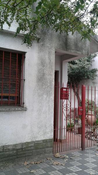 Foto Casa en Venta en  Ezeiza,  Ezeiza  AVELLANEDA al 100
