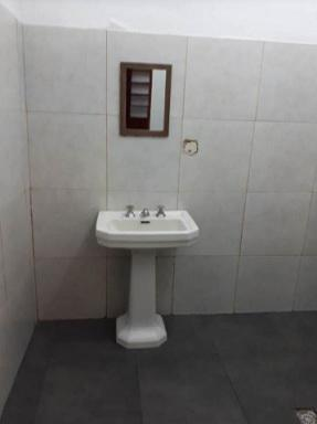 Foto Local en Alquiler | Venta en  Balvanera ,  Capital Federal  Saavedra al 300